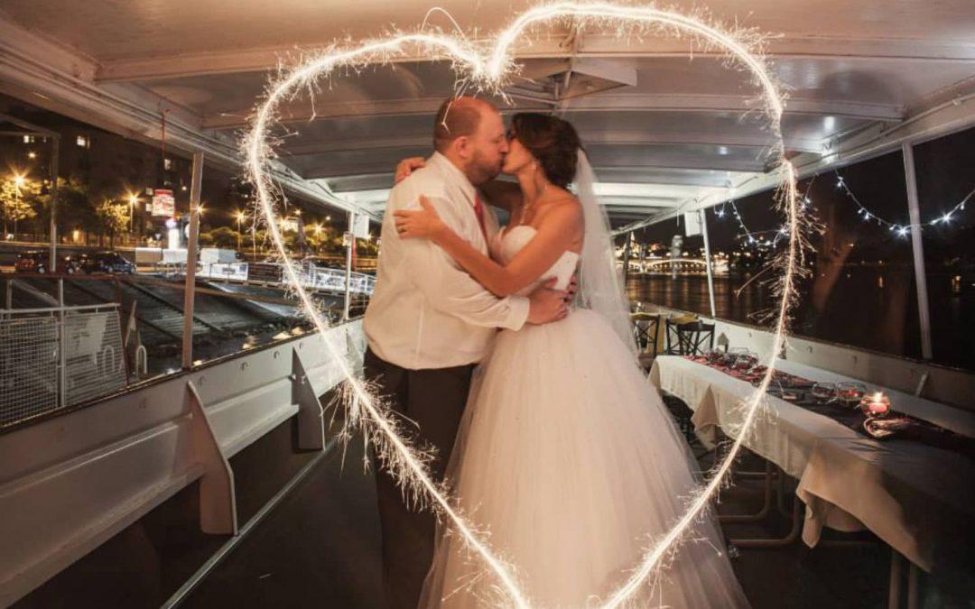 Danila és Steve esküvője – Monarchia Hajó