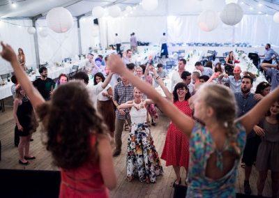 nemzetkozi-eskuvo-hajnalig-tanc